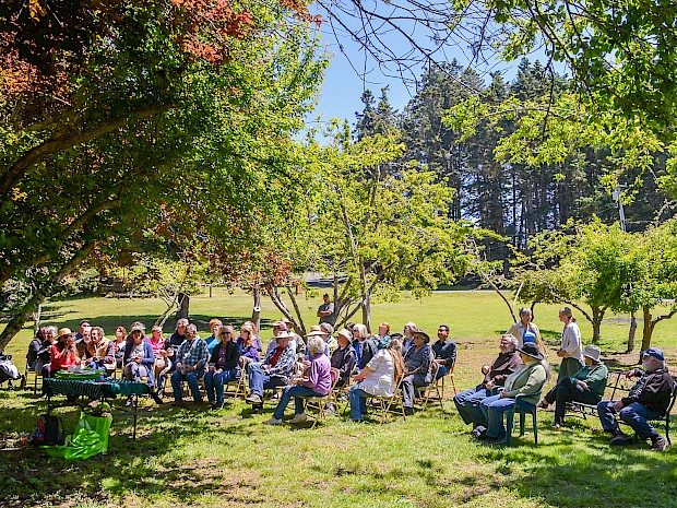 Master Gardeners at the Mendocino Coast Botanical Gardens