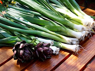 Leeks cleaned and ready to donate to the local food bank gallery image